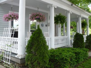 Amenities1 - Porch